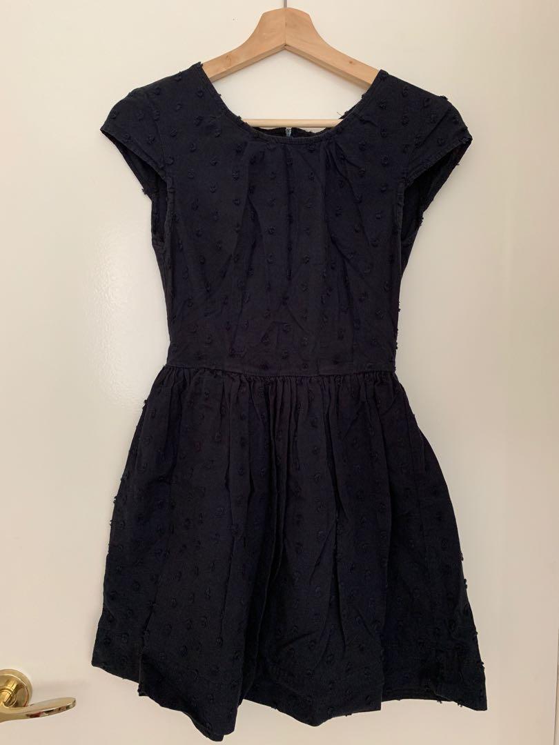 Little black dress size 6