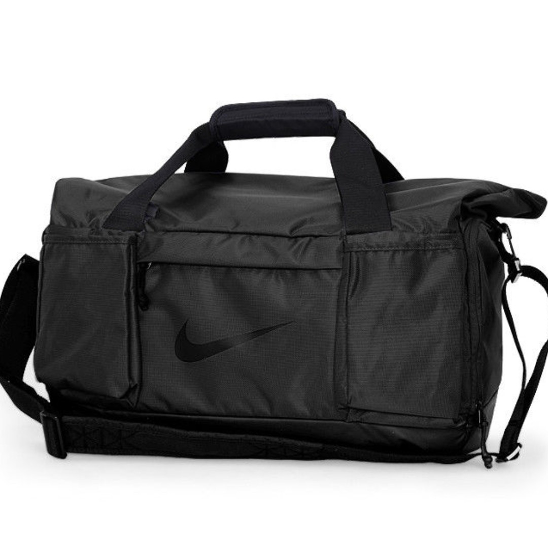 03d7b822b1 Nike Vapor Speed Duffle Bag (Duffle Gym Bag)