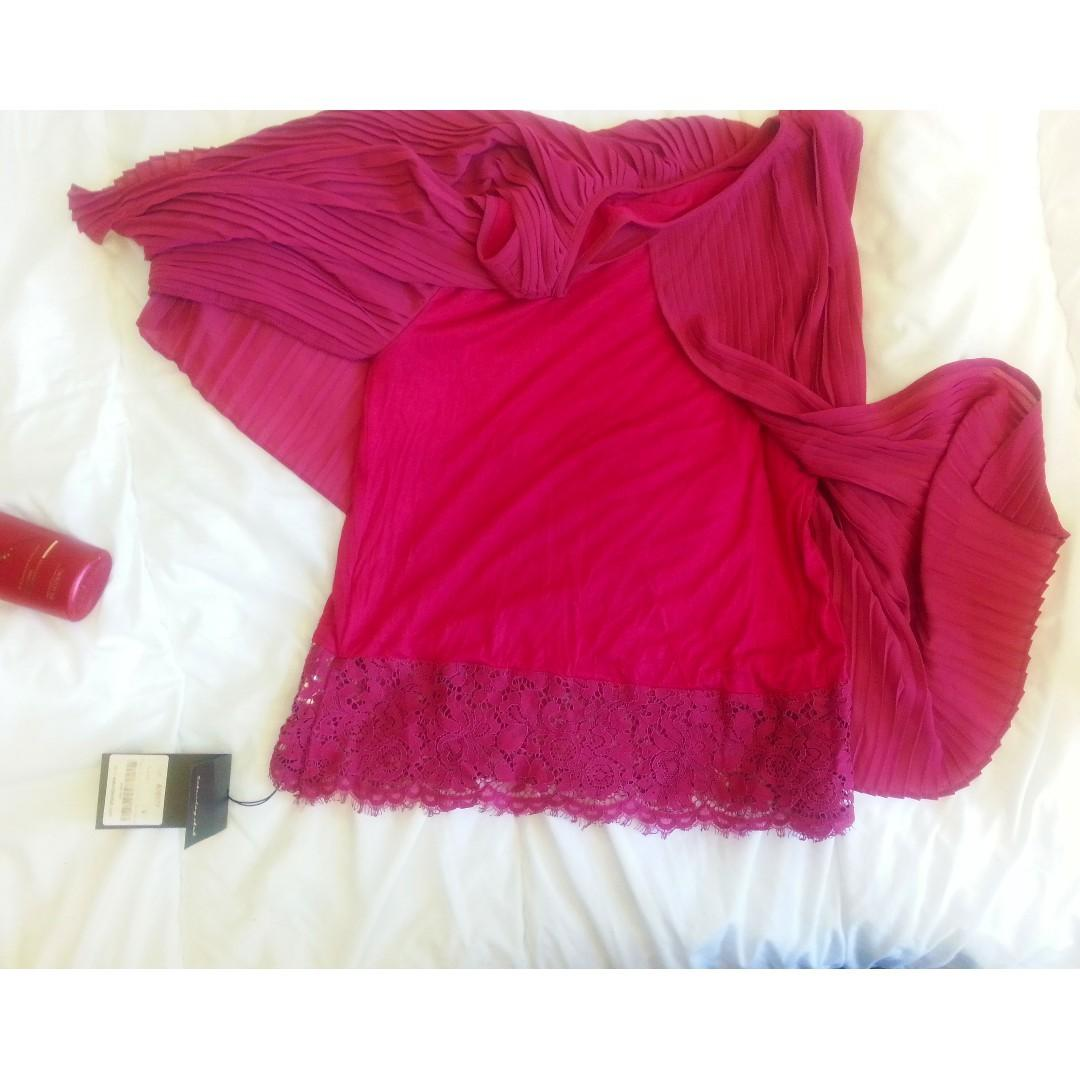 Saturday Club BNWT Pleated Crepe Tank Top with Lace Underlay - size S Fuchsia