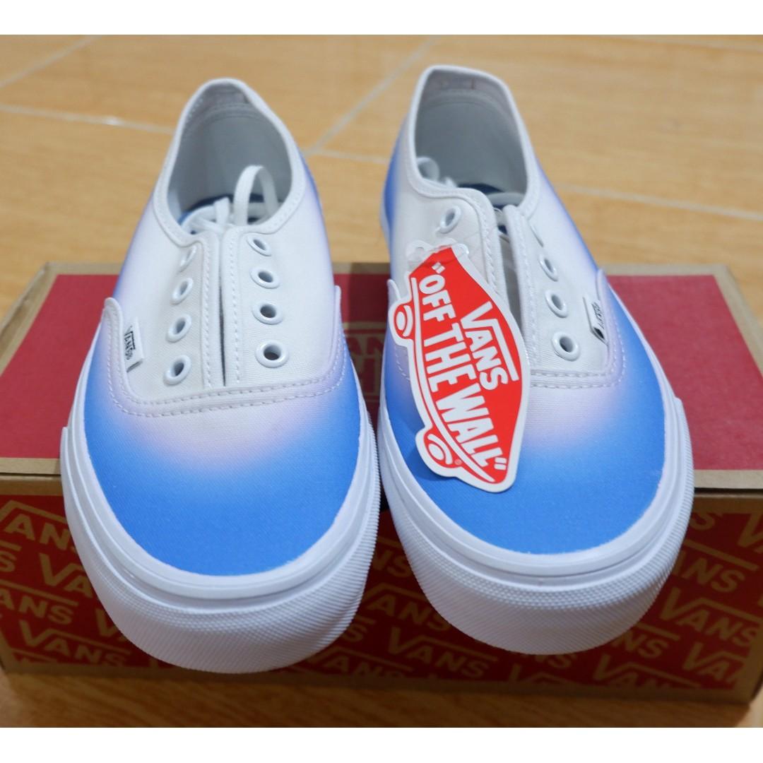 f835a3bc55 Vans Authentic Ombre Blue White