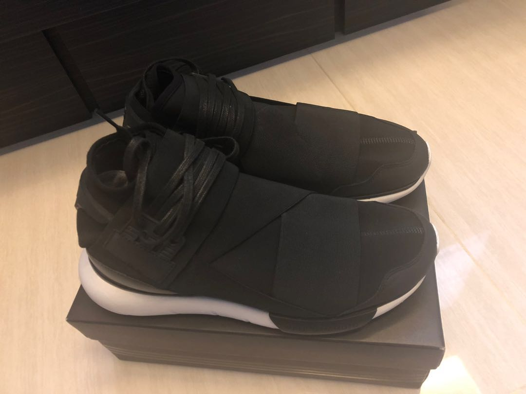 pretty nice 38d63 d48e7 Y-3 Qasa High, Men s Fashion, Footwear, Sneakers on Carousell