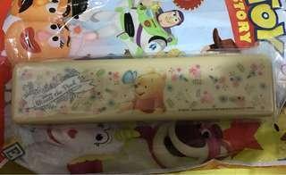 日本Disney Store小熊維尼Winnie The Pooh餐具盒裝