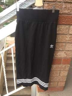 Brand new Adidas Skirt - Medium