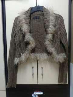 日牌狐毛領啡冷外套