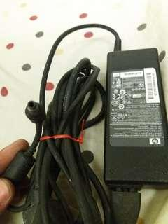 HP Loptop AC Adapter Charger 19volts Compatible sa lahat,