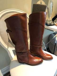 Brand New Frye Boots Size 7M  Color: Congnac!