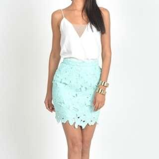 floral broderie skirt in mint