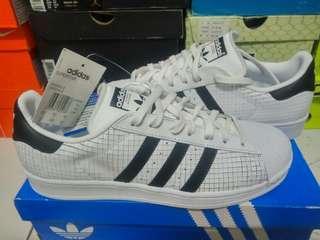 Adidas Superstar white, original