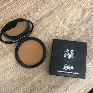 Kat von d lock it blotting powder