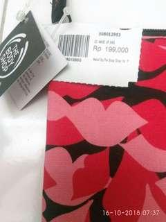 The body shop pouch