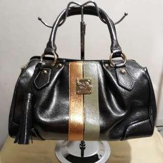 Repriced Nicole Miller bag never used but the long strap is lost