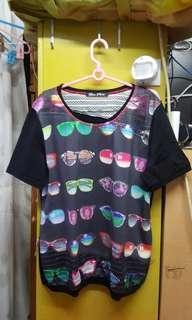 845 Love Paris黑色衫,42碼 $10