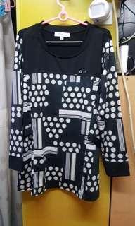 848 Galaway黑色長袖衫,3碼 $10