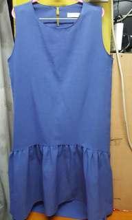 853 KOREA O.F.B.藍色裙,3碼,L40吋 $10