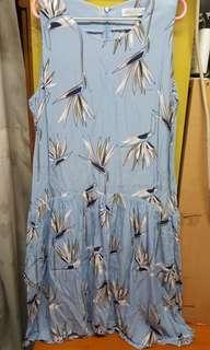 854 KOREA SHOWROOM灰色裙,3碼,L45吋 $10