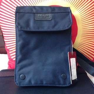 Carrying Bag - Thomas Mendoza