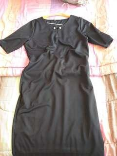 Dress ELLE hitam