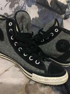 Converse Hi-Top w/ shearling lining