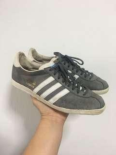 Adidas Gazelle - US 9 / UK 8