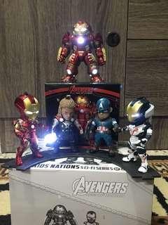 Avengers mini figure