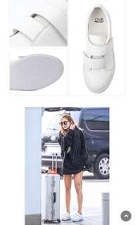 韓星白色波鞋