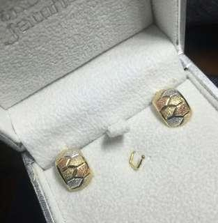Clearance price! 18k Saudi Gold Earrings