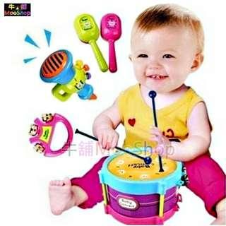 【牛舖MooShop】兒童樂器五件組 敲敲打打擊樂器四合一/打鼓打擊樂器 嬰幼兒敲擊玩具寶寶吹喇叭 手拍鼓/沙錘/手搖鈴鐺/喇叭/鼓錘