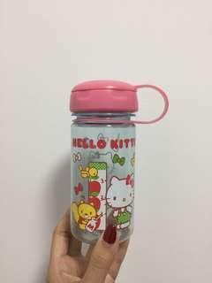 🔥$8🔥Hello Kitty Bottle