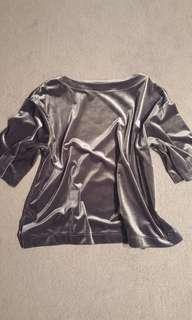 Brand new uniqlo metallic top