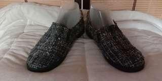 TWEED LOAFERS SIZE 8 WOMEN