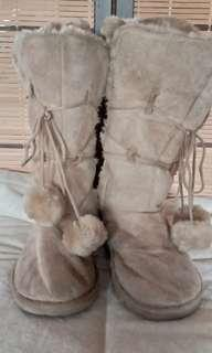 US NO NAME POMPOM FALL BOOTS sie 7-7.5