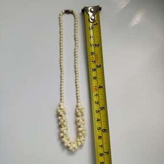 *Quick trade on/before Oct 23* Ivory color necklace