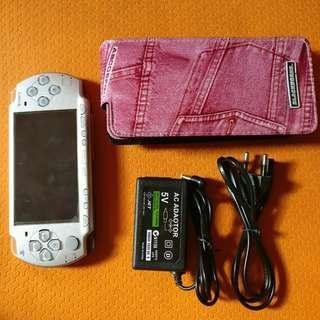 PSP 2000 slim 16Gb game buanyam