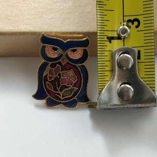 *Quick trade on/before Oct 23* Metal owl pin