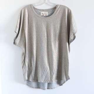 Two by Vince Camuto L large gray with hint of gold t-shirt top