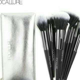 BRUSH SETT 10PCS + POUCH