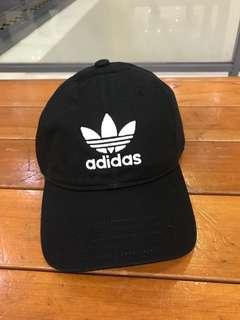 🚚 愛迪達黑帽 全新 吊牌還在