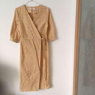 🚚 棉麻綁帶格子洋裝