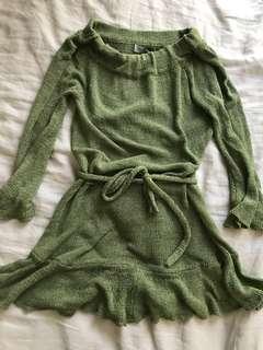 Khaki knit dress midi
