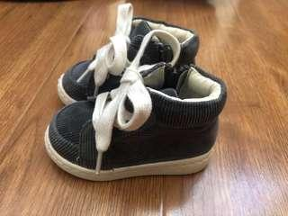 Country road& Zara baby shoes