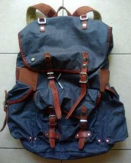 TOUGH Jeansmith Military Backpack