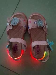 Max Kool Toddler Girl Light-Up Pink Sandals #single11