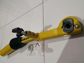 Lock Handbrake and Gear for kancil
