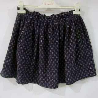 (28-32) MNG Casual ladies garterize skirt in almost looks new conditions