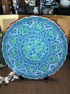 庫山窯制作大尺寸花邊瓷盤