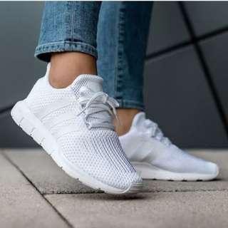 Adidas Swift Run TripleWhite