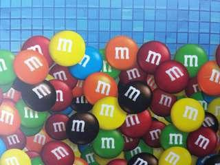 m&m 地鐵飛