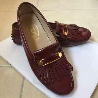 TOD'S Maroon Flat Shoes