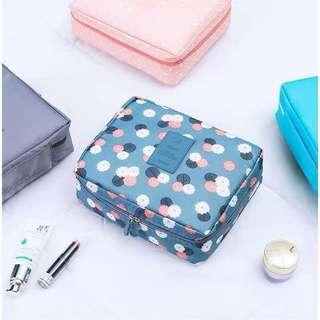 [Instocks] 2 for $18/- lady travel cosmetic storage multipurpose bag