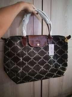 Brand new longchamp bag not ori